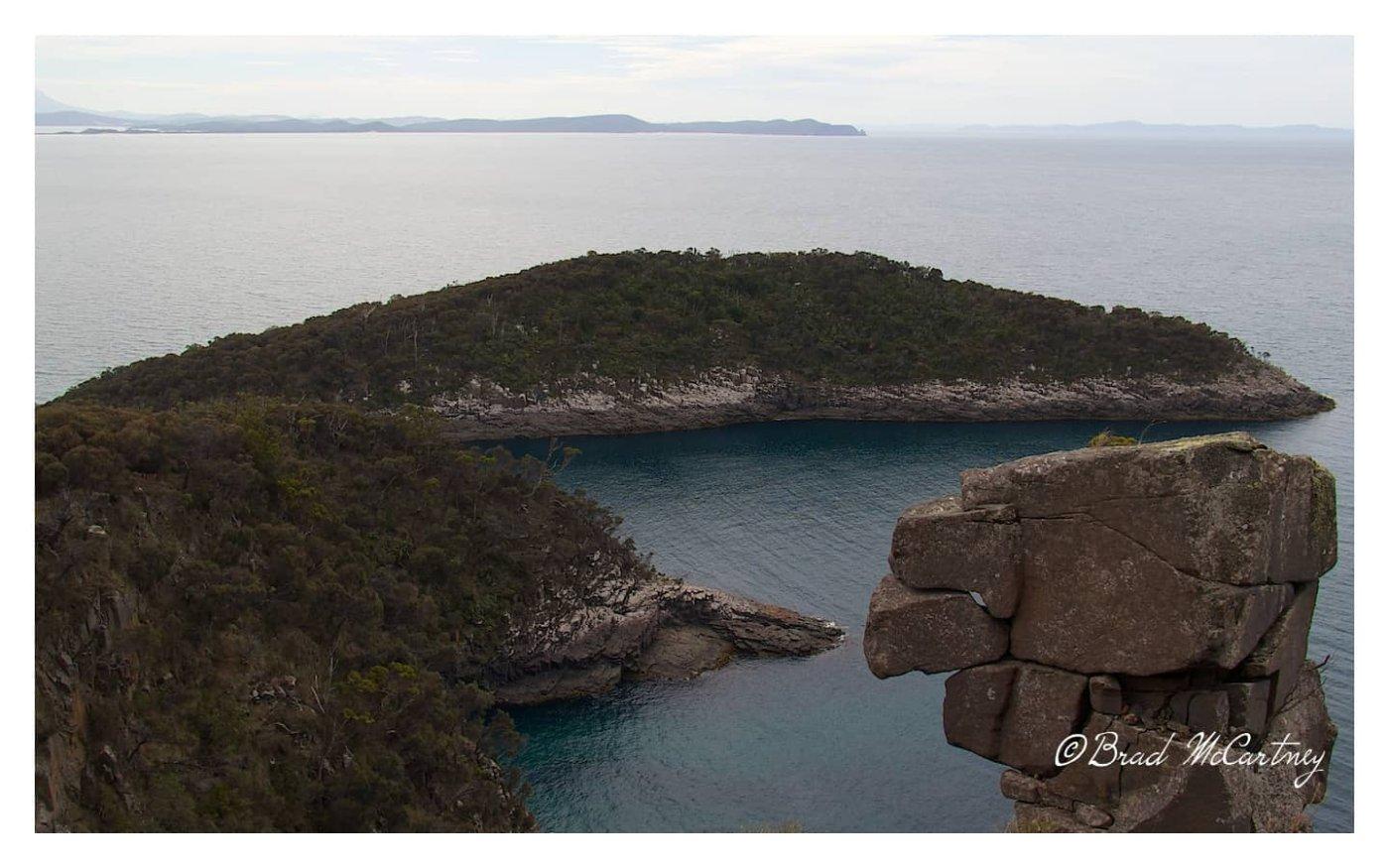Eagle Rock on the Fluted Cliffs walk