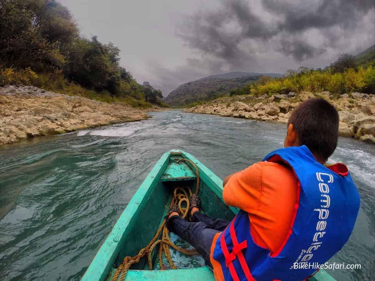 canoe to tamul waterfall