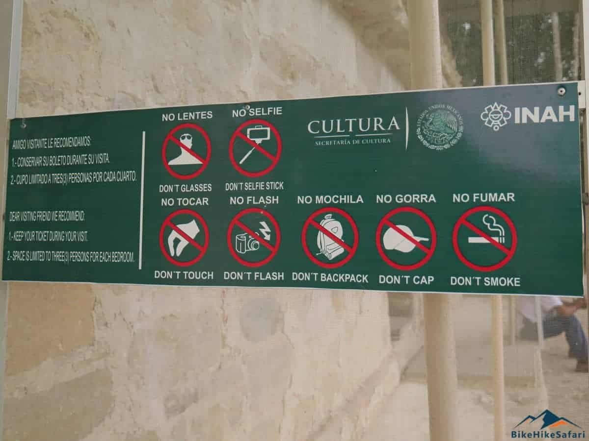 No Selfies when entering the temple with the art