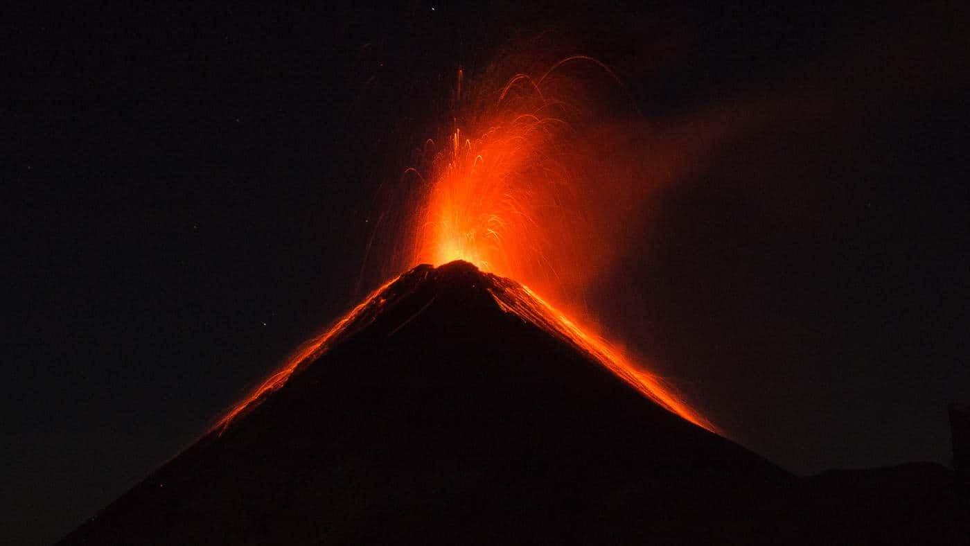 acatenango volcano guatemala erupting at night