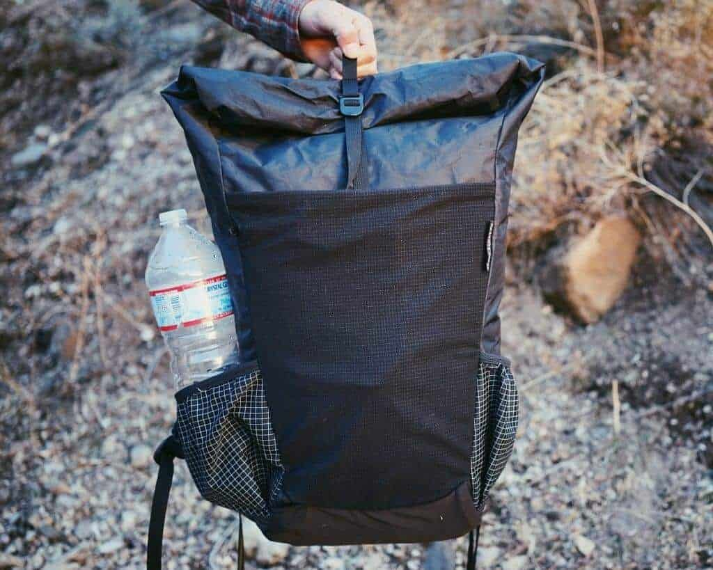 lightweight hiking backpack review of the Pa'lante V2 Backpack