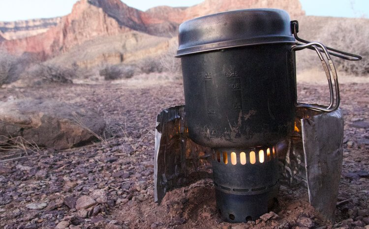 Gear Testing the Titanium Pot from Evernew on a Backpacking trip in the Grand Canyon