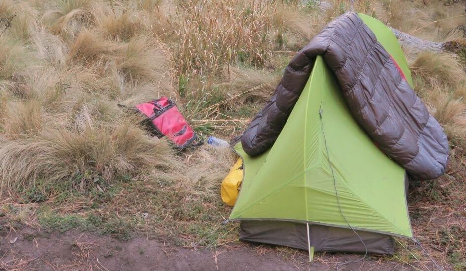 Dry a down sleeping bag